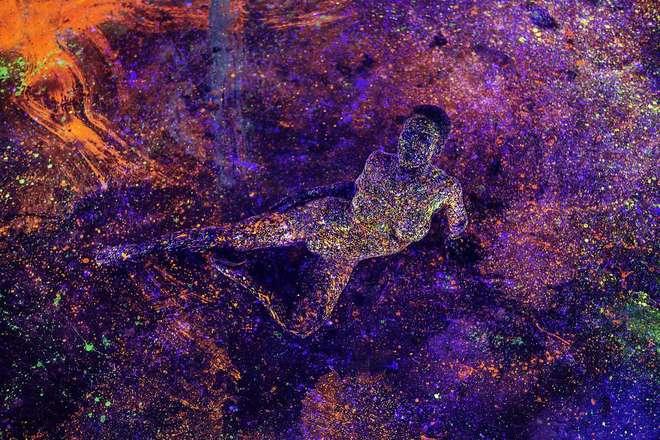 body-art-couleurs-fluo-3-L.jpg