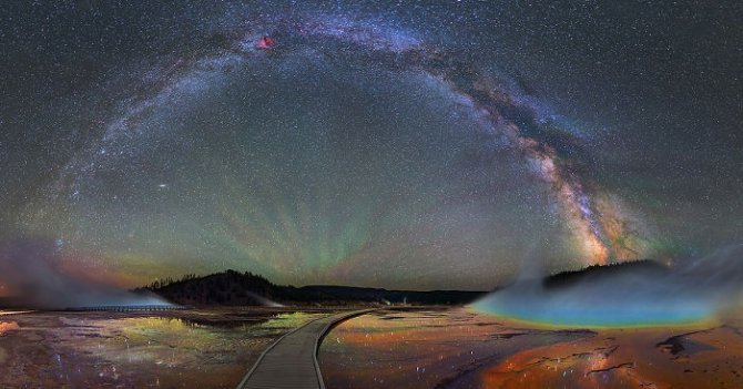 colorful milky way photographs yellowstone park fb 700