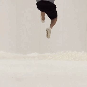 indoor-ball-pit-bubble-ocean-the-beach-snarkitecture-national-building-museum-gif-2