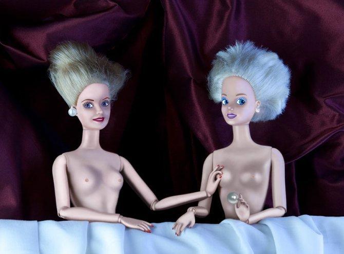 masters paintings barbie dolls 31