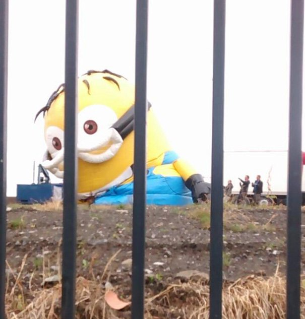 inflatable minion despicable me loose traffic ireland 1