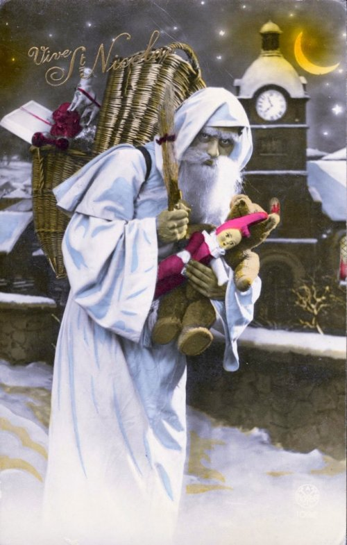 Vintage-Sinister-Santa-Christmas-Card-7-1-670x1052