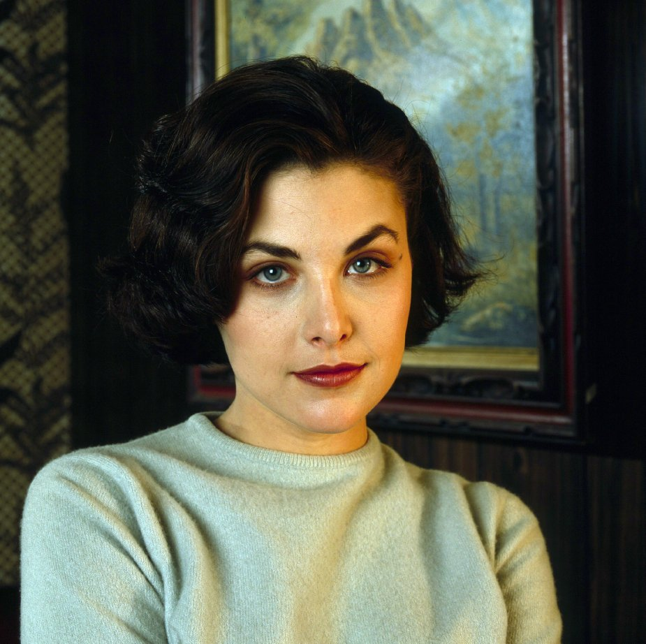 sherilyn fenn twittersherilyn fenn twin peaks, sherilyn fenn 2017, sherilyn fenn friends, sherilyn fenn twitter, sherilyn fenn now, sherilyn fenn house md, sherilyn fenn кинопоиск, sherilyn fenn & johnny depp, sherilyn fenn wiki, sherilyn fenn family, sherilyn fenn makeup, sherilyn fenn 1990, sherilyn fenn as elizabeth taylor, sherilyn fenn net worth, sherilyn fenn new twin peaks, sherilyn fenn wallpapers, sherilyn fenn official twitter, sherilyn fenn ebay, sherilyn fenn natal chart, sherilyn fenn old