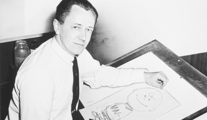 Charles M. Schulz disegna Charlie Brown