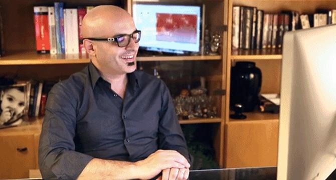 Maurizio Cibelli in ufficio