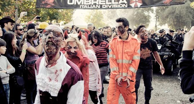 Gli zombie tenuti sotto controllo dalla Umbrella sfilano a Lucca Comics 2014