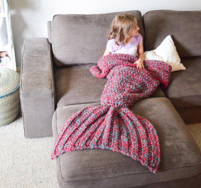 mermaid-tail-blanket-0
