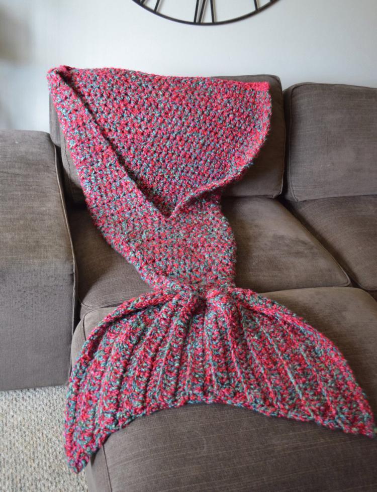 mermaid-tail-blanket-4600
