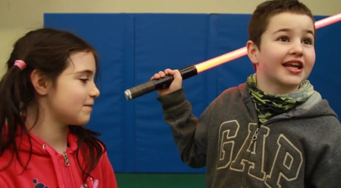 Giovani Jedi ripresi durante un allenamento a Torino