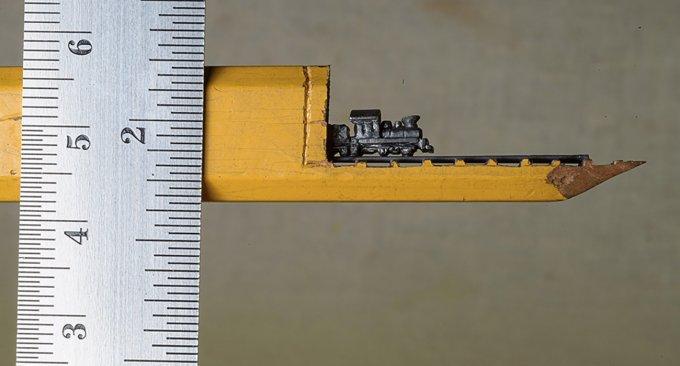 matita-scultura-microscopica