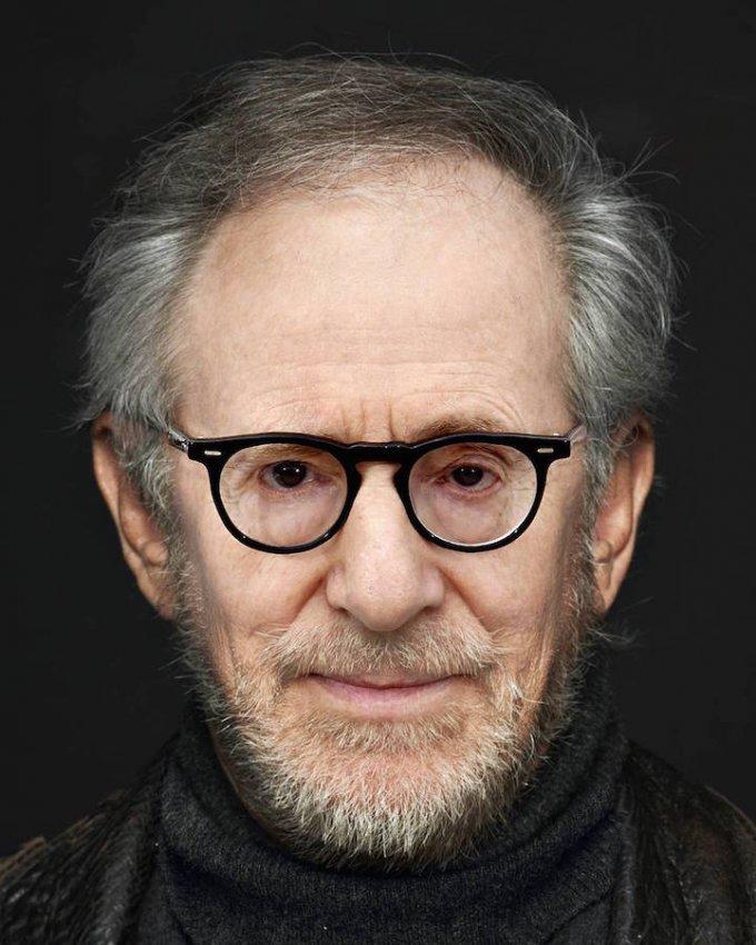 Un po' Woody Allen, un po' Steven Spielberg. Questa è fantastica, forse la migliore