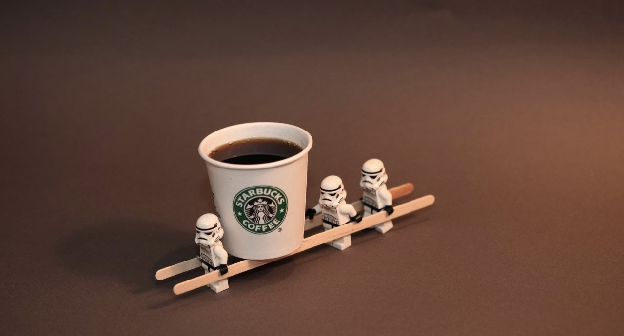 starbucks-stormtrooper