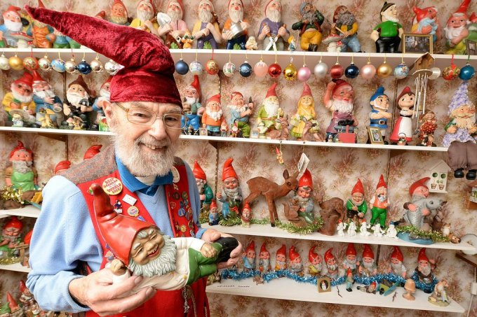 Gnome-collector-Ron-Broomfield