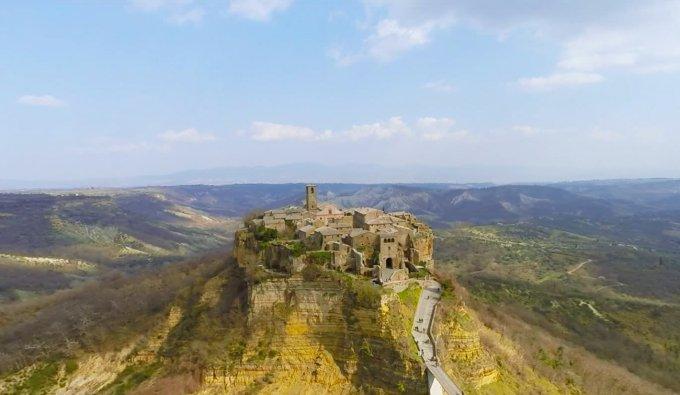 Una veduta di Civita di Bagnoregio, in provincia di Viterbo