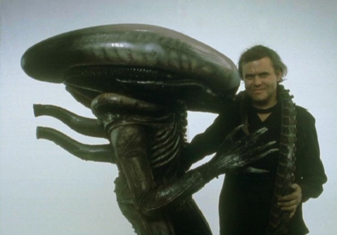 ddswiss-surrealist-h-r-giger-and-his-creation-e28093-alien-1979