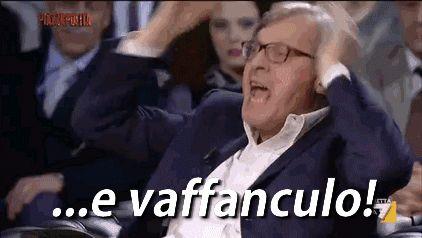 vittorio-sgarbi-gif-animate-7