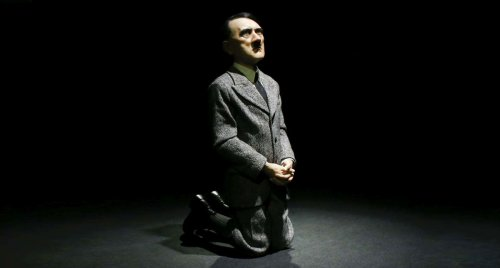 hitler di cattelan him christie