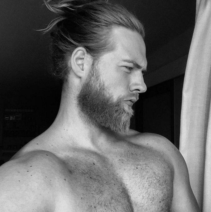 Lasse L. Matberg, il bellissimo vichingo di Instagram