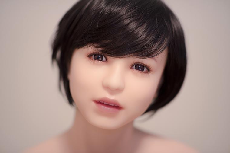 vivere con una sex doll