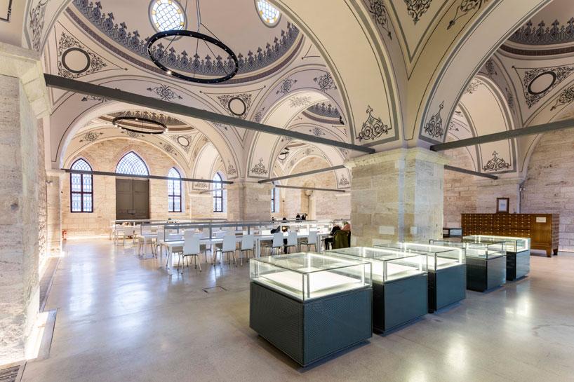 Il restauto biblioteca Instanbul5