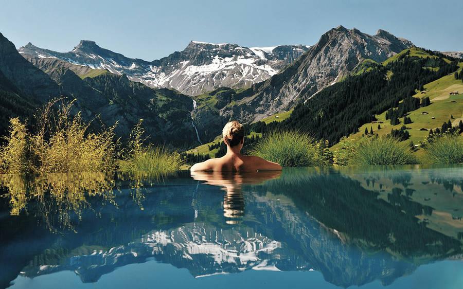 Le piscine più belle del mondo, per sognare le vacanze anche se siamo ancora al lavoro