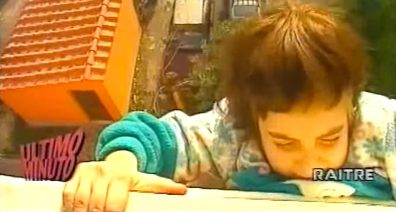 """Dall'episodio """"ultimo minuto-ep.72-""""Federica Nooo Non Lo Fare!""""Bimba Si Getta Dalla Finestra"""""""