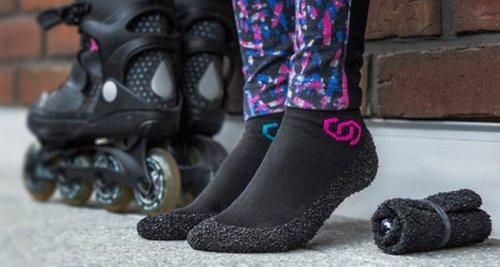 scarpe fatte come calze