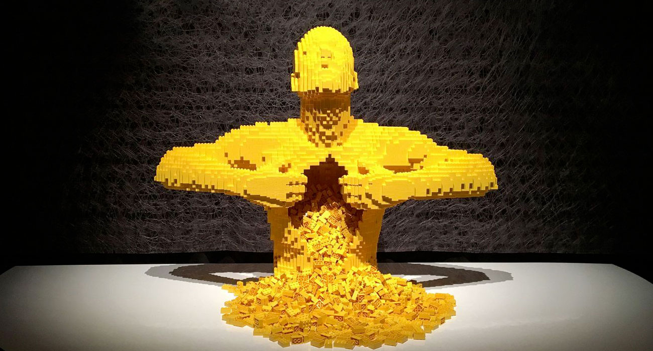 The Art of The Brick, sculture di Lego in mostra a Milano alla Fabbrica del Vapore