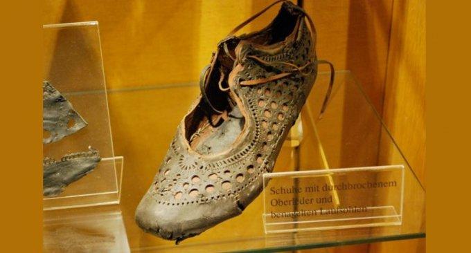 scarpa antica roma