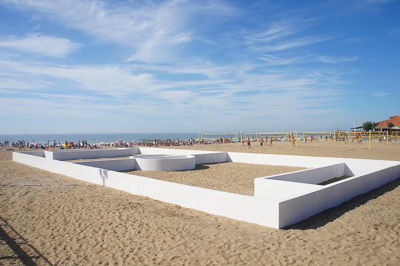 L'artista francese l'ha presentato alla Biennale d'arte contemporanea di Anglet