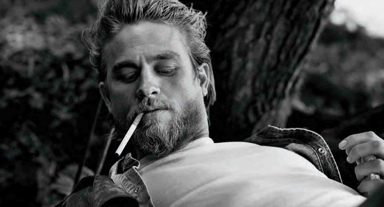 Charlie Hunnam di Sons of Anarchy