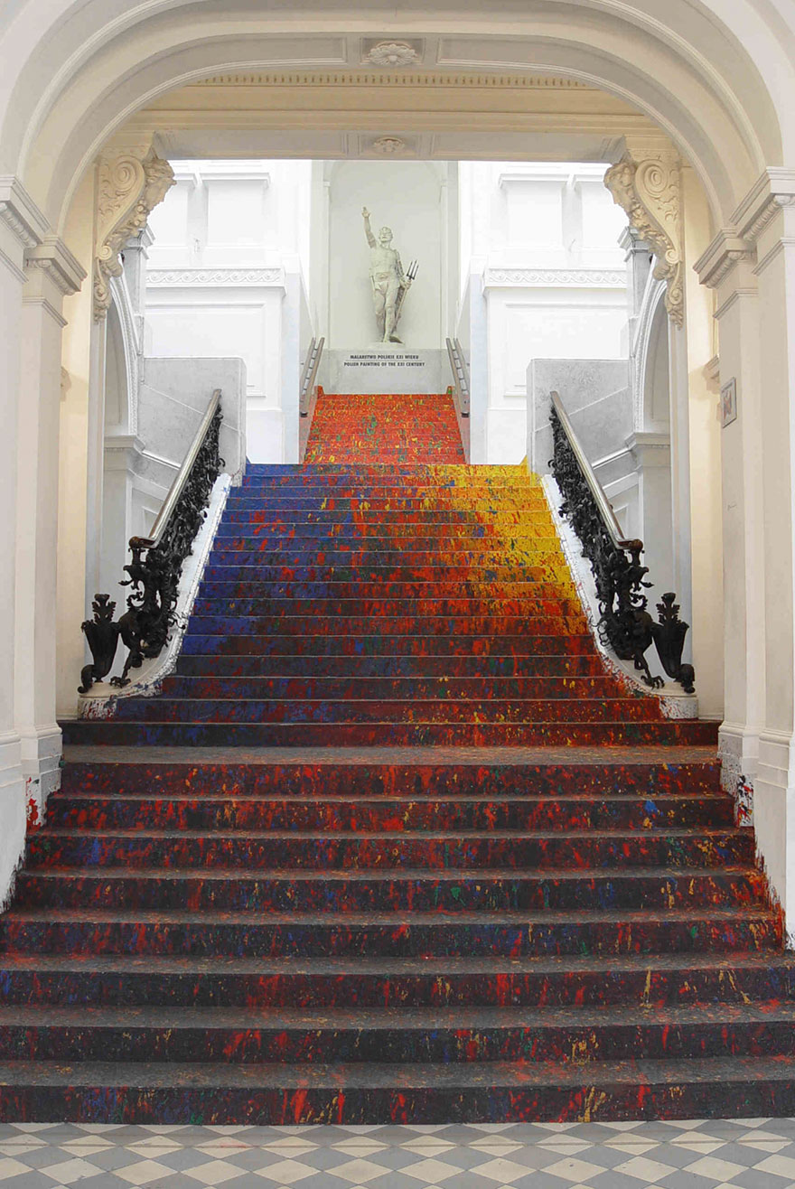 staircase-paint-zacheta-art-gallery-leon-tarasewicz-poland-6