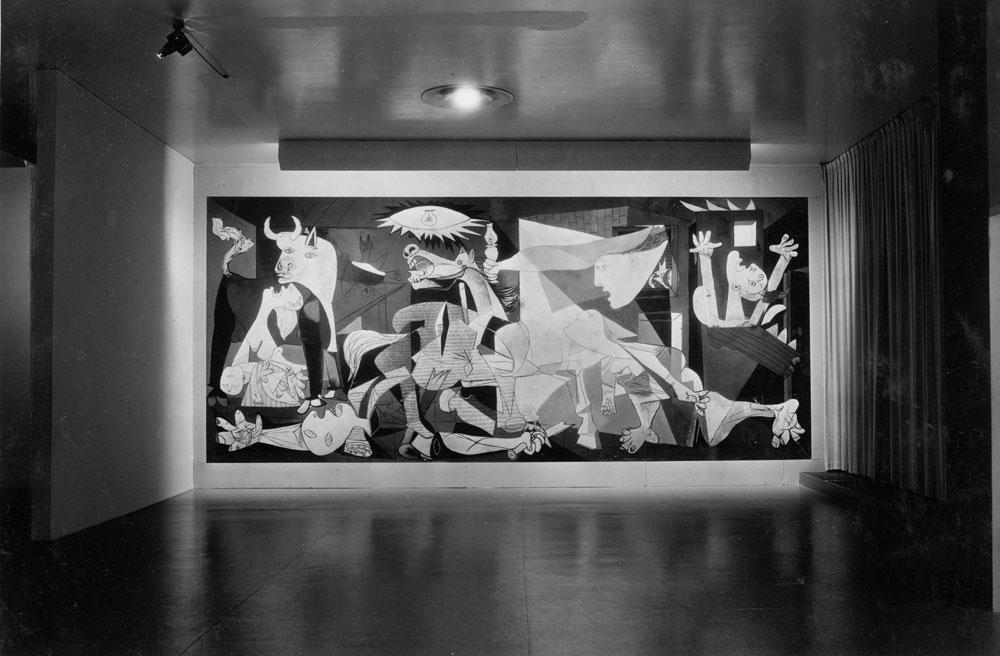 Guernica di Pablo Picasso, durante la mostra 40 years of his art (1939/1940)