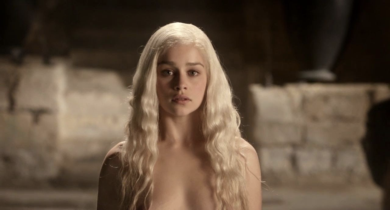 game-of-thrones-emilia-clarke-hot