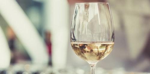 vini bianchi sotto 15 euro natale