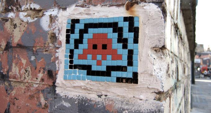 Un'opera di Space Invader può valere anche 1300 euro