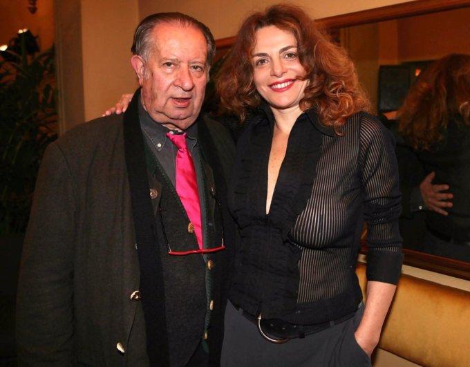 Tinto Brass con l'attuale fidanzata Caterina Varzi