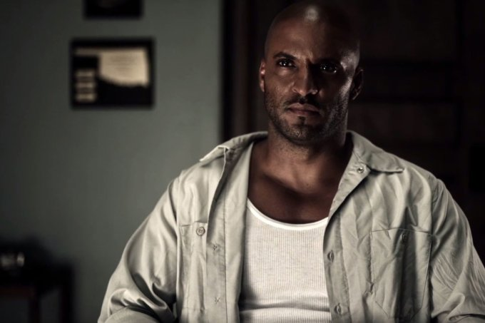 Ricky Whittle è Shadow Moon